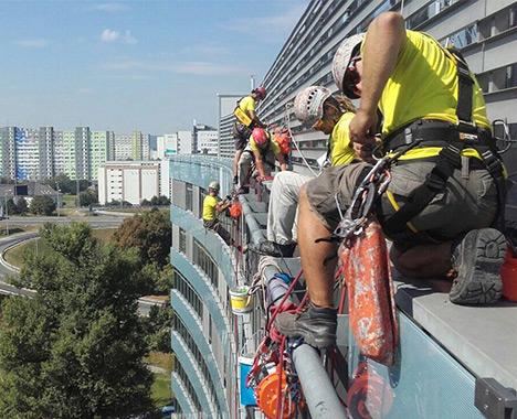 Výškove montážne a konštrukčné práce - Výškové práce s.r.o